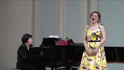 Еврейская народная песня «Ой, мама, не ругай меня!» Исполняет Алина Виленкина (сопрано)
