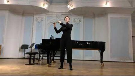 Salvador Espasa. <i>Argos</i> for solo flute. Performed by Olesya Matva