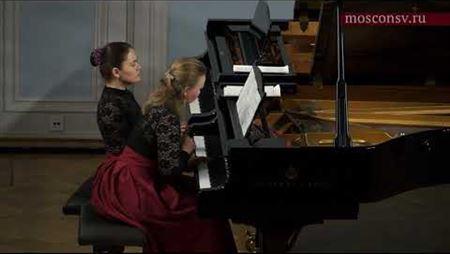 Хосе Луис Турина. «Три палиндрома» для фортепиано в 4 руки