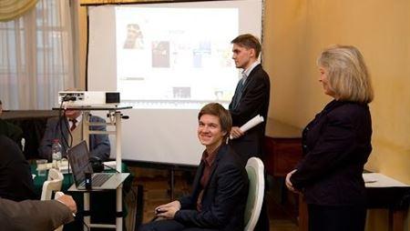Презентация социальной сети Splayn на заседании правления ММО
