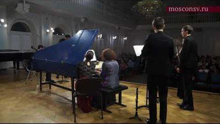 Manuel de Falla. Concerto for harpsichord, flute, oboe, clarinet, violin and cello: III. Vivace