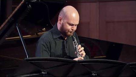 T. Escaich. «Singing» for oboe solo