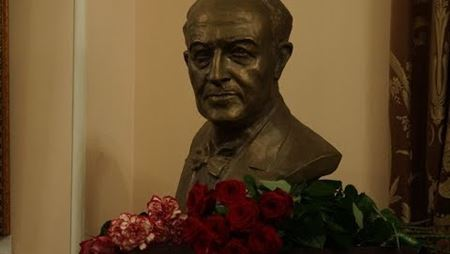 Ceremony of donating the bust of Rudolf Barshay to the Conservatory