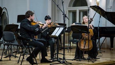 Эдисон Денисов. Трио для скрипки, альта и виолончели (1969)