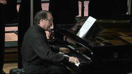 Джером Керн (1885–1945). «Дым застилает глаза». Даниил Крамер (фортепиано), Камерный хор Московской консерватории