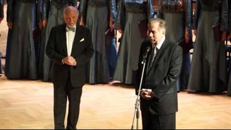 The delivery of the Moscow Conservatory's 150th anniversary commemorative token to Prof. Vladimir Minin