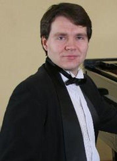 Чефанов<br /> Денис Владимирович