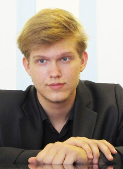 Худяков<br /> Олег Владимирович