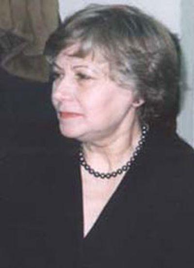 Кузнецова<br /> Людмила Петровна
