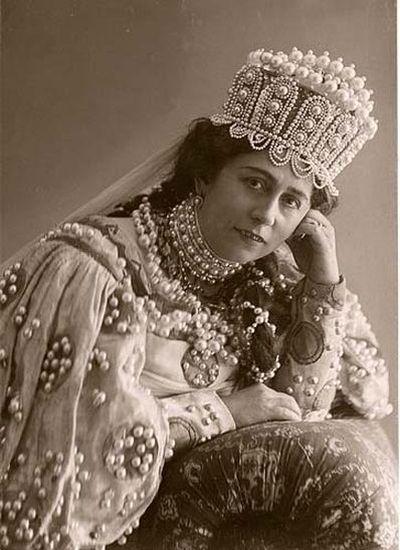 Нежданова<br /> Антонина Васильевна