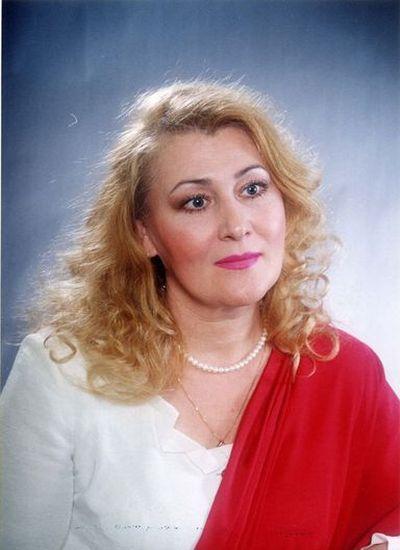 Околышева<br /> Елена Михайловна