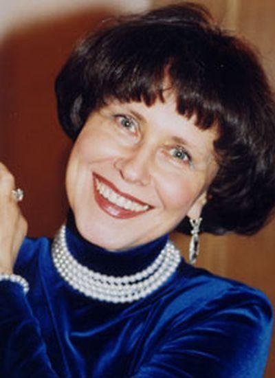 Степанова<br /> Ирина Владимировна