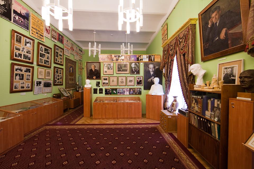 Бюджетный дизайн зала